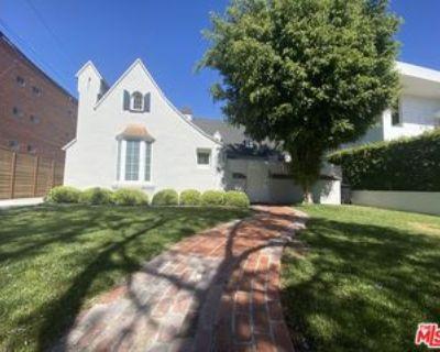 138 N Laurel Ave, Los Angeles, CA 90048 3 Bedroom Apartment