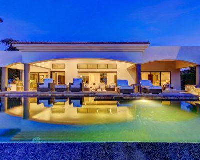Villa Lago - Luxe Infinity Edge Pool, Mountain & Lake Views #065943 4BR - La Quinta