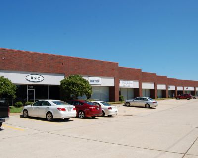 1520 North Hearne-Office Space for Lease
