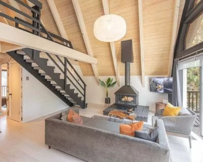 Classic A-Frame with a Designers Touch! - Fawnskin