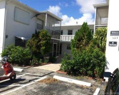 725 Ne 4th St #205, Hallandale Beach, FL 33009 2 Bedroom Condo