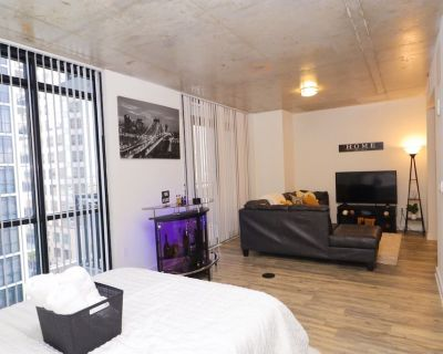 **Extravagant** Downtown Studio Apartment - Orlando Central Business District