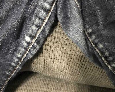 Women s American eagle 14 short skinny jeans