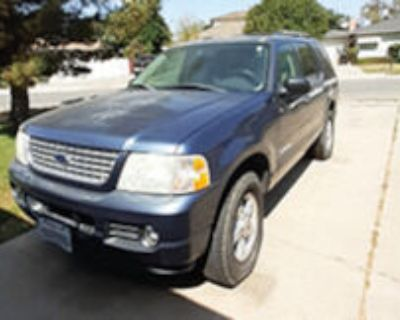 Ford Explorer 2004 XLT Leather int. New tires. Not running.