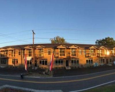 5736 East Pea Ridge RoadApt. 101 #101, Huntington, WV 25705 1 Bedroom Apartment