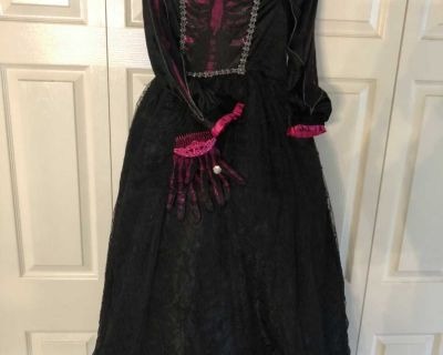 Skeleton Princess Halloween Costume, Girls size 10-12, Scappoose Porch Pick Up Only