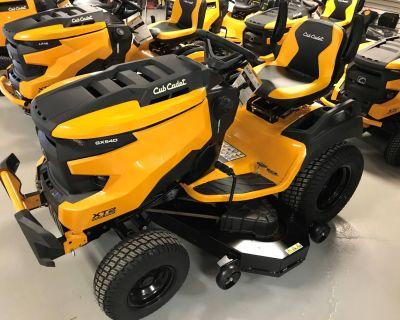 2021 Cub Cadet XT2 GX54 D 54 in. Kawasaki FR730V 24 hp Lawn Tractors Hillman, MI