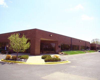 Office/Warehouse Space w/Dock Doors & Drive-in Doors - Cliff Rd & Portland in Burnsville