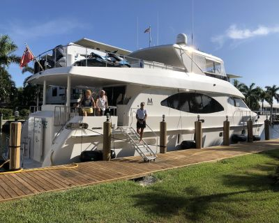 80-foot yacht charter - Coral Ridge