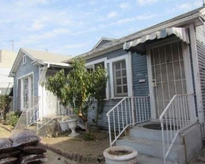 4 Bed 4 Bath Foreclosure Property in Los Angeles, CA 90037 - S 1 2 408486 Main St
