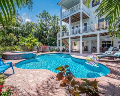 #WeekendSuits: Heated Pool & Hot Tub, 1 Block to the Beach, Ping Pong Table - Holmes Beach