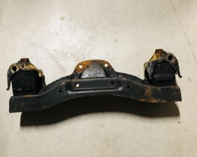 Porsche 912 transmission/ transaxle mount