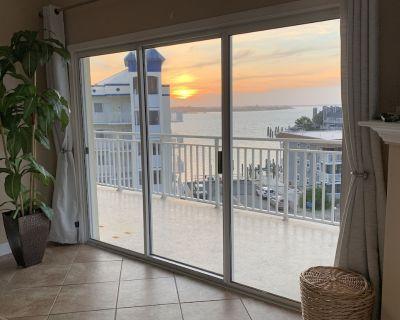 Enjoy the Ocean City Skyline in the Bay Dream Penthouse Suite at Bahia Vista II - Ocean City