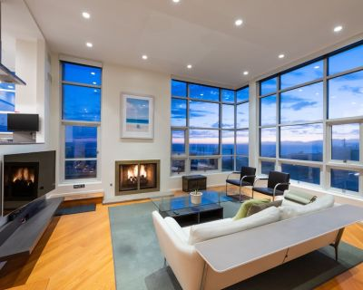 Stunning Panoramic Ocean Views Penthouse Hot Tub - Gas Lamp Section