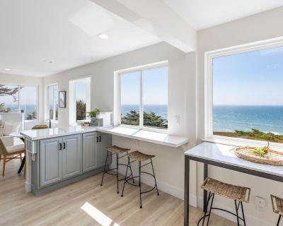 Oceanfront Coastal Home w/ Breathtaking Views Hiking, Beaches & More - San Mateo County