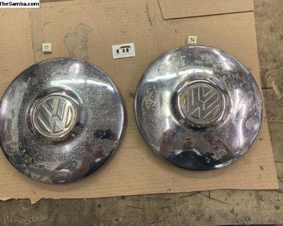 Early thin lip type 3 hub caps