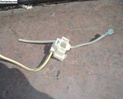 Used Headlight Plug
