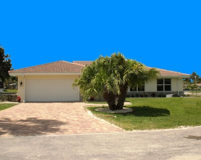 Waterfront Villa with pool - direct sailboat access - only 3 min to the river !! - Yacht Club