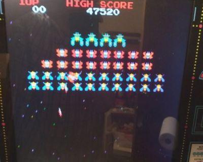 FS Tabletop video game (Pac-Man, Galaga, etc.)