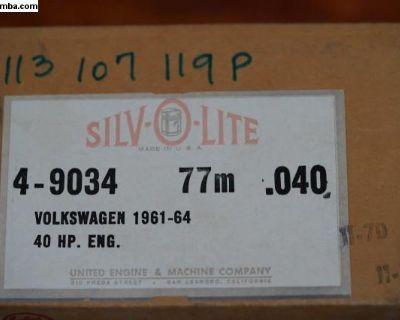 NOS Piston Set of 4 - 77/0.040 113107119P 40 HP