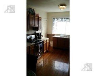Washington St #2, Brookline, MA 02446 3 Bedroom Apartment