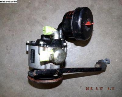 Porsche 911 SC Smog Pump Assembly