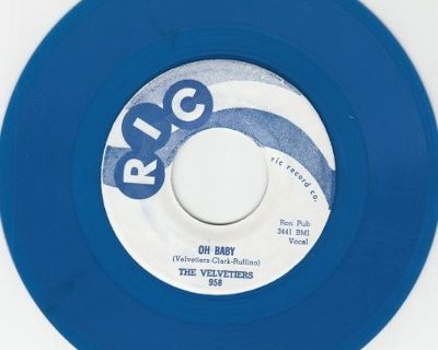 VELVETIERS ~ Oh Baby*M-45*RARE BLUE WAX !