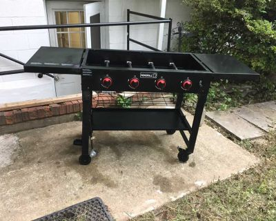 Gas Grill with Griddle Top