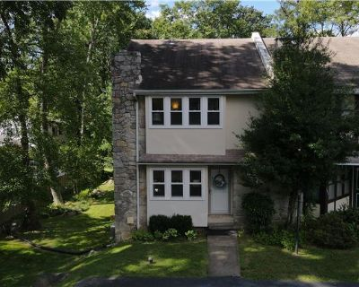3 Bedroom Townhome on a privately-owned lane (MLS# PADE2007692) By Brett Furman