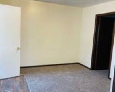 715 W 13th St #5, Junction City, KS 66441 1 Bedroom House