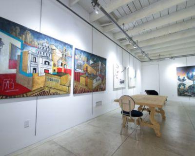 Contemporary Art Gallery with Full Kitchen, Santa Monica, CA