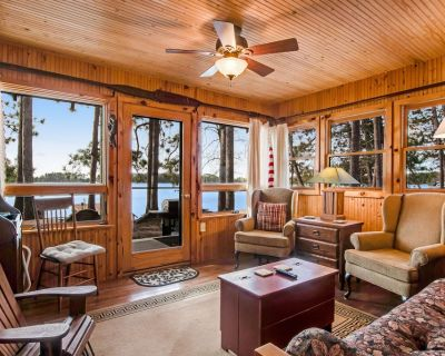 Remodeled Lakefront Cottage w/Free WiFi, Private Dock, Lake Views, & Gas Grill - Three Lakes