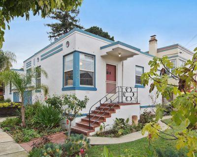 Bay Area Charming 1938 Art Deco Duplex - East End
