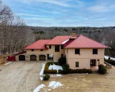 5 Bed 3.2 Bath Foreclosure Property in Woodbury, CT 06798 - Weekeepeemee Rd