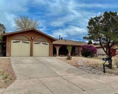 816 Turner Dr Ne #1, Albuquerque, NM 87123 3 Bedroom Apartment