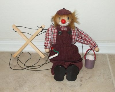 NEW - Pull string wooden puppet clown dressed as painter