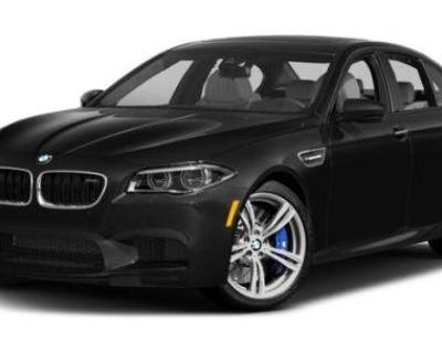 2016 BMW M5 Standard