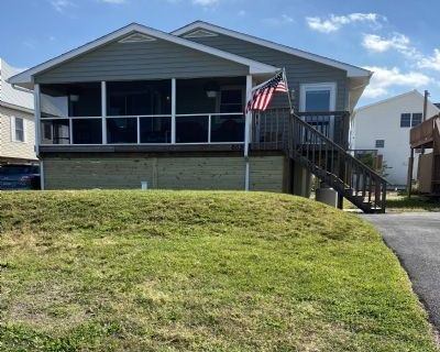 $1900 3 single-family home in Milton
