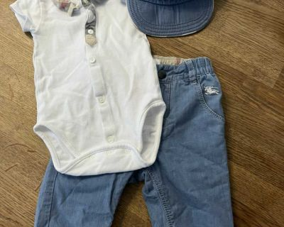 Baby Burberry outfit