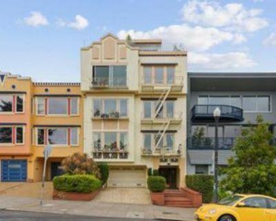 Church St, San Francisco, CA 94114 3 Bedroom Apartment