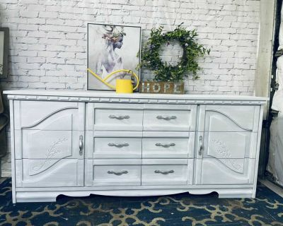 """Washed Grey Buffet/Console/Storage with 6 drawers-68""""x29""""x18""""-refinished in washed-220$ Laval"""