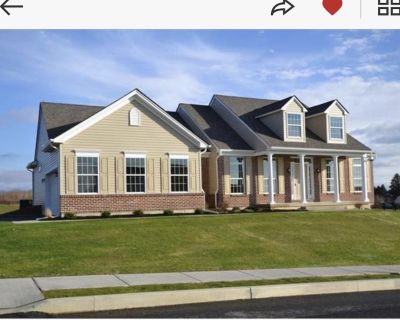 New Construction house w pool & hot tub - Forks Township