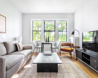 Charming Brighton 2BR w W/D, by Restaurants & Shops by Blueground - Oak Square