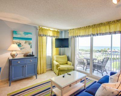 Enjoy ocean views & shared pool/tennis! Walk to the beach - snowbirds welcome! - Bonita Springs