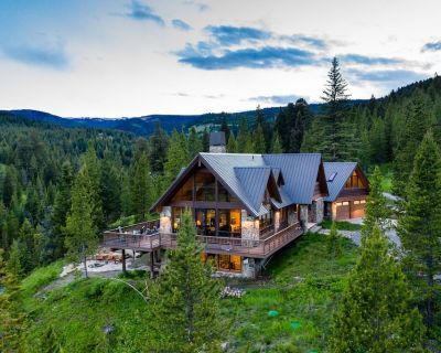 Beaver Creek Lodge - Custom Home on 20 Acres with Creek Frontage - Gallatin Gateway