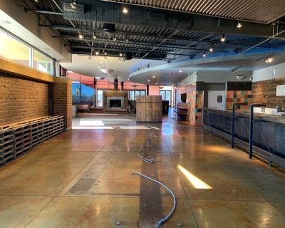 Boutique Retail/Light Medical Space in Bernalillo