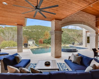 Above Ridgeview Up To10 Beds Lakefront Game Room Boat Deck and Dock - Austin