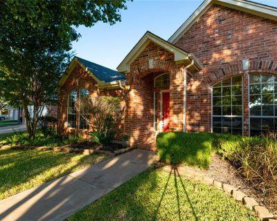 2710 View Meadw, Grapevine, TX 76051