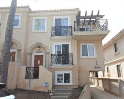 710 1st Pl, Hermosa Beach, CA 90254 4 Bedroom Condo