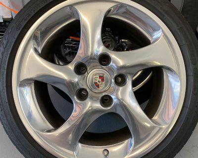 993/996TT Turbo Twist Wheels+ Tires